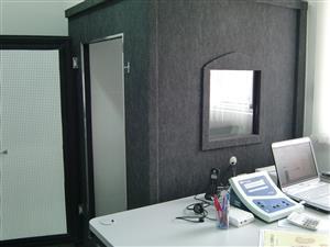 Cabine acustica para exame de audiometria